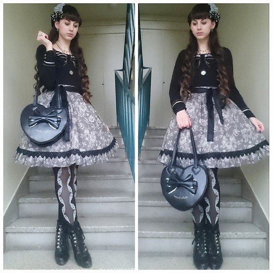 Yumi E.G. - Axes Femme Cutsew, Moi Meme Moitie Floral Pattern, Angelic Pretty Heart Bag - Grey flowers