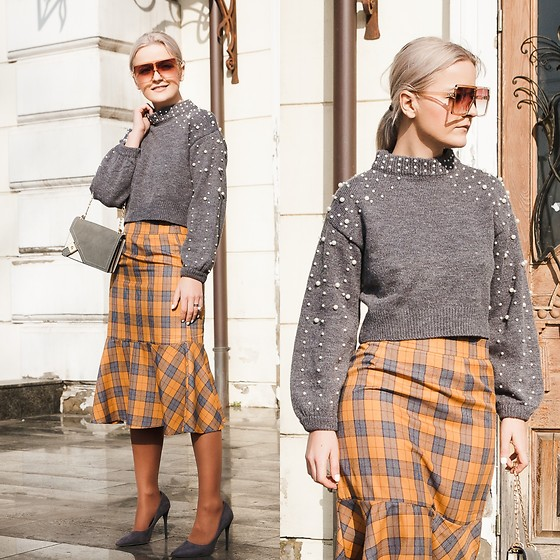 Cristina Tabun - Zaful Sweater, Zaful Skirt, Zaful Sunglasses - Pearl & Plaid