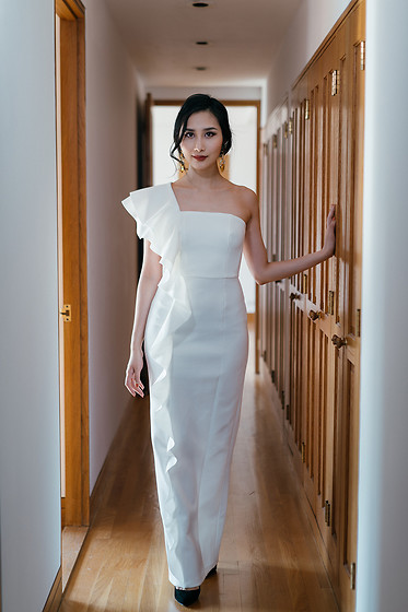 Tina Lee -  - White Gown 4 Ways