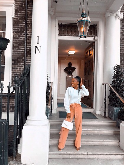Abimbola Ogunsanya - Bershka White Jumper, Oge London Pants, Everyting5pounds Bag - Peachy