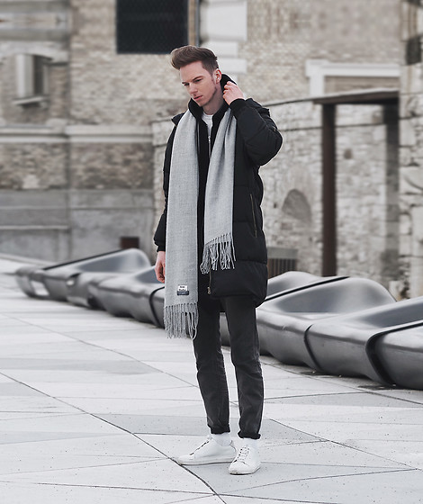 Chaby H. - Acne Studios Grey Scarf, Asos Puffer Jacket, H&M White Leather Sneakers - Black with gray