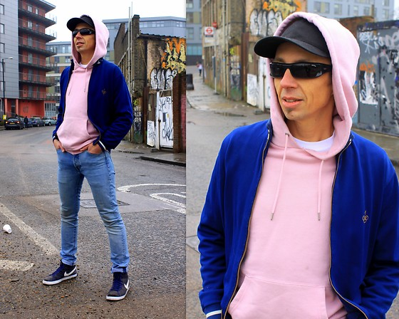 Trzy Hoo - Levi's® Pullover Hoodie Pink Nectar, Levi's® 501® Skinny Jeans West Coast, Vintage Shop Zip Up Light Jacket, Nike Sneakers, Levi's® Classic White Crew Neck Tee, Levi's® Classic Twill Red Tab Baseball Cap, Diesel Sunglasses - East End Corner