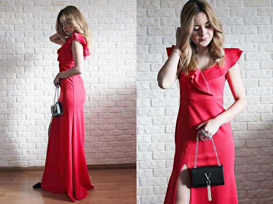 Sabina S. -  - LONG DRESS