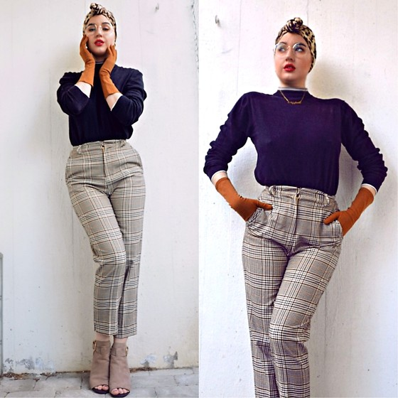 Andréa Frisk - H&M Plaid Pants, River Island Open Toe Boots - 1940's calling