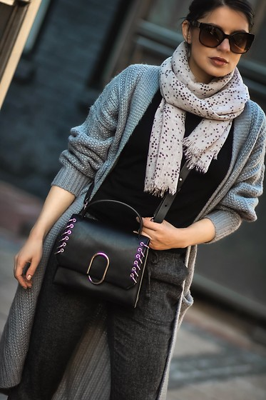 Isabel Alexander - Revolve Grey Knit Carddigan, 3.1 Phillip Lim Grommet & Metal Accented Mini Satchel, Ann Taylor Loft Tweed Joggers - Travel Outfit