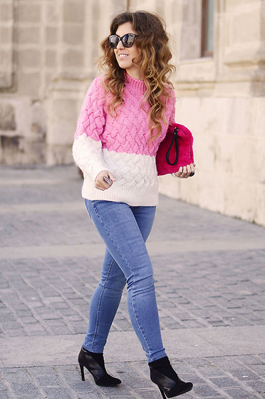 Mara M - Mango Sweater - Soft & comfy in pink