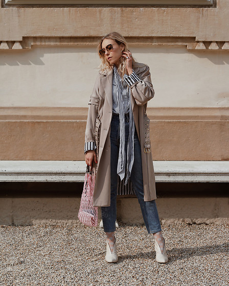 Laura⎢Les factory Femmes - Gestuz Trench Coat, Hugo Boss Blouse, Vintage Bag, Topshop Pumps, Levi's® Jeans, Miu Sunglasses - UPDATED TRENCH COAT