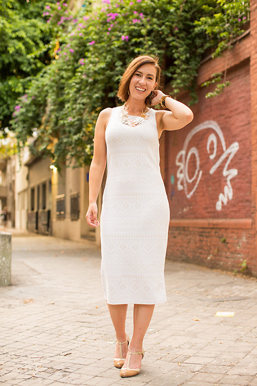 Lindsey Puls - Thrifted Sheath Dress, Chelsea Crew Heels - Summer Ready With a Sheath Dress