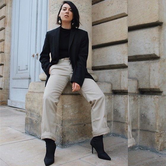 Alexandra DAP - Dickies Pants, Mango Boots, Asos Crop Top, Asos Earrings - Black...