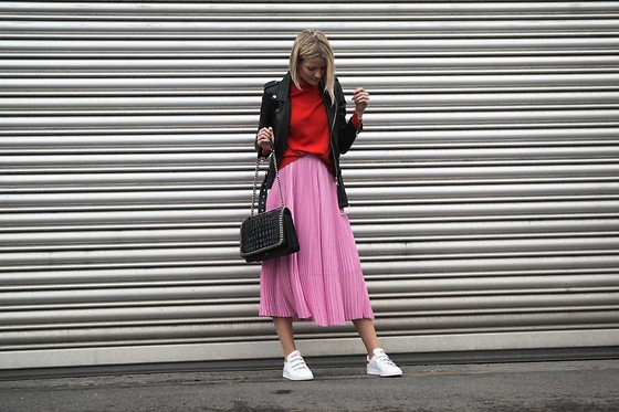 Fashionargument -  - Pink and Red