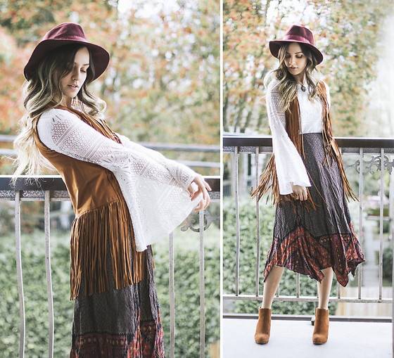 Kassy D - D&Y Burgandy Brim Hat, Tobi Faux Suede Fringe Vest, Luna Moon Bell Sleeve Top, Vintage Skirt, Le Chateau Faux Suede Wedge Ankle Boots, Naturally By Denise Necklace - Harvest Moon
