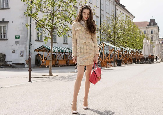 Veronika Lipar - Storets Yellow Tweed Mini Skirt Suit, Gianvito Rossi Blush Plexi Transparent High Heels - IT'S PRETTY, BUT I HAVE NOWHERE TO WEAR IT