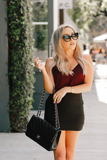 Hayley Larue -  - What I Wore To Work Last Friday