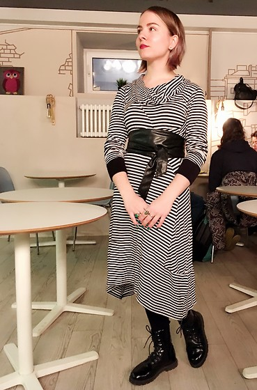 Anastasiia - Thrifted Dress - Casual