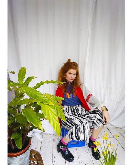 Elizabeth Rhodes - Topshop Black And White Plisse Trousers, Juju Jelly Shoes, Casio Watch, Primark Jewellery - 90's YSL T-Shirt with Colour Blocking