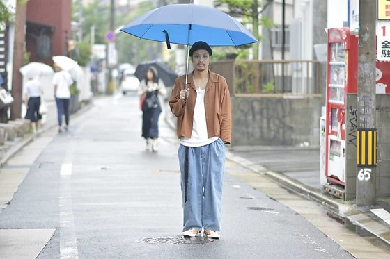 Hideki. Mn - Roundabout L/S Open Collar Wide Shirt, Roundabout Cotton Tank Top, Roundabout Denim Big Bolloon Pants, Pras Shellcap Color Low Gold - Japanese fashion 81