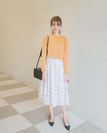 Tricia Gosingtian - Uniqlo Sweater, Radley Bag, Charles And Keith Shoes - 012618