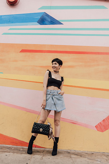 Samantha Mariko - Are You Am I Choker, Zara Top, Bershka Skirt, Metrocity Bag, Public Desire Boots - Smile on