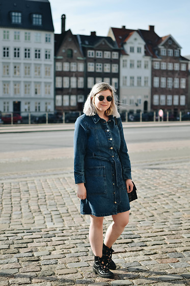 Elizabeth Claire - Warehouse Denim Dress, Bershka Black Lace Up Boots - To the Museums
