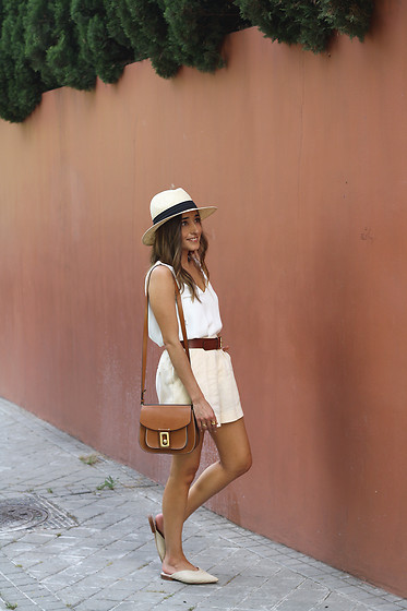 Besugarandspice FV - Mango Shorts, Zara Shoes - Wardrobe Basics For Summer