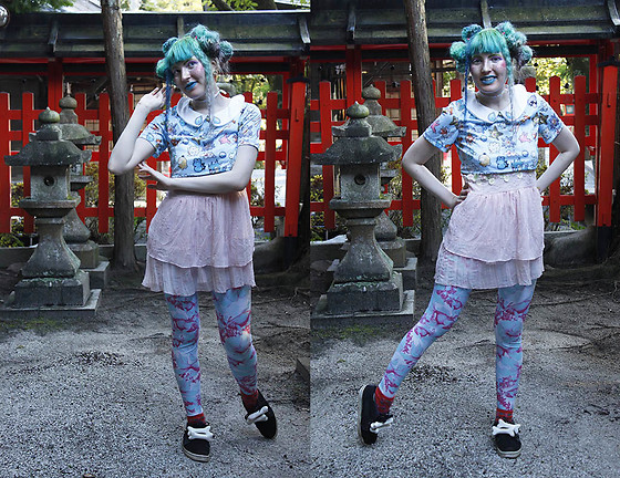 Lindwormmm - Hello Sweetie Store Misty Pokemon Crop Top, Babydoll Camisole, Black Milk Clothing Fish Leggings - Pigeon Guardians