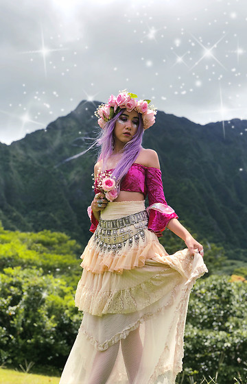 Sera Brand - Stardust Bohemian Festival Fairy Bandeau In Rose Pink, Free People Layered Lace Skirts, Follow Me On Instagram! - Little O'ahu Adventure