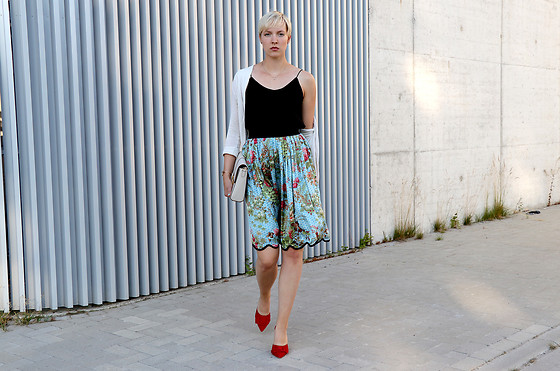 Sabine K - Shirtaporter Silk Skirt, Ralph Lauren Handbag, Paris Texas Mules - I couldn't help but wonder ...