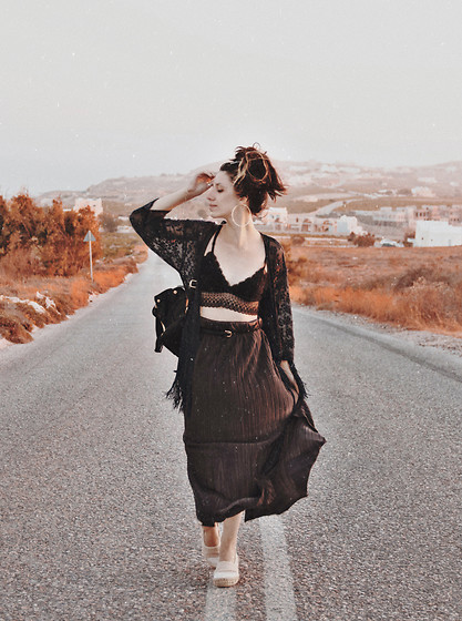 Wonderstyle - Primark Round Silver Earrings, H&M Dark Blue Lace Kimono, Primark Black Lace Top, Primark Black Suede Backpack With Gold Elements, New Yorker Long Dark Purple Silk Skirt, New Yorker Baby Pink Espadrilles - The Adventure Island