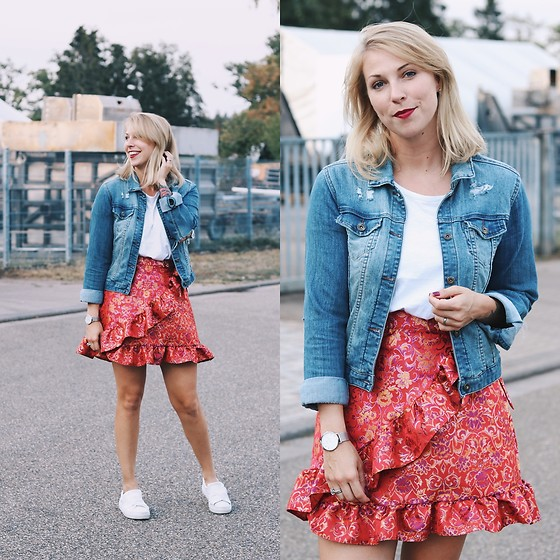 Lavie Deboite -  - Wrapskirt and denim