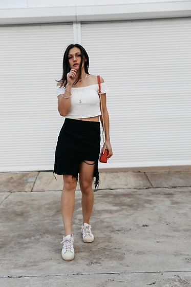 Shann V - Zaful Cold Shoulder Crop, Missguided Distressed Denim, Adidas Superstar - Distressed Denim Skirt