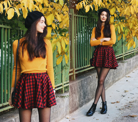 Nora Aradi - Stradivarius Beret, H&M Sweater, Topshop Bag, Forever21 Boots, Daniel Wellington Watch - Yellow