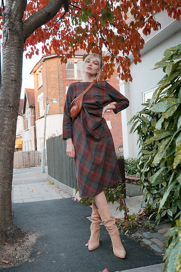 Carla V - Evatrends Plaid Holder Shift Dress - Wednesday