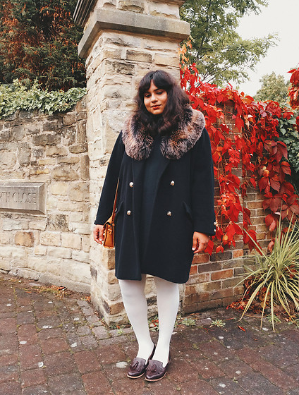 Ragini R - Vintage Coat, Handmade Crazy Horse Leather Satchel, Ebay Cream Tights, Topshop Tassel Loafers - Faux fur collar coat