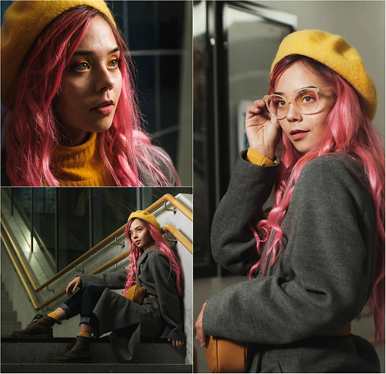 Nansy Glass - Monki Yellow Beret, H&M Turtle Neck, H&M Coat, Pull & Bear Jeans, Dr. Martens Boots - Pink and yellow autumn look