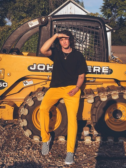 Caleb Paulson - Vans, Forever 21 Yellow Track Pants, H&M Black F, Forever 21 Ring Necklace - Mellow yellow