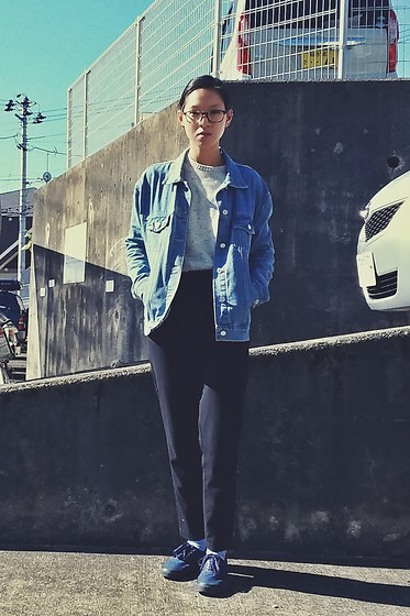 Tram Anh - Dresslily Denim Jacket, New Yorker Men's Sweater, H&M Culottes, Vans Authentic, Michael Kors Glasses - かんたん