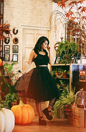 Aiiness .com - @Candycee.Co Black Devil Wings Crop Top, @Lasenora Boutique Mary Jane Platform Shoes - Something wicked