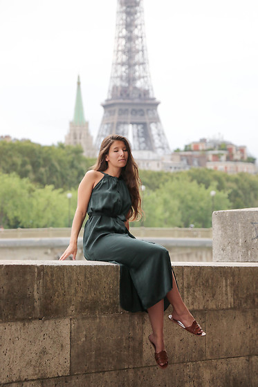 Carmen Schubert - Zara Green Satin Dress, Zara Brown Hermès   Lookalike Sandals - Green Dress