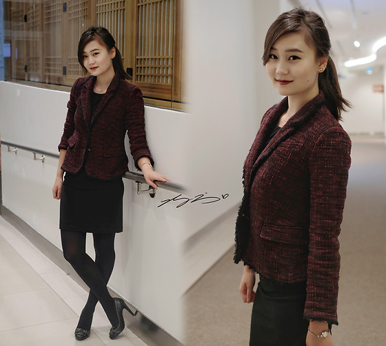 L Z - Banana Republic Tweed Blazer, Banana Republic Sheath Dress, Guess Loafer Pumps - Ruby Wine Tweed Blazer