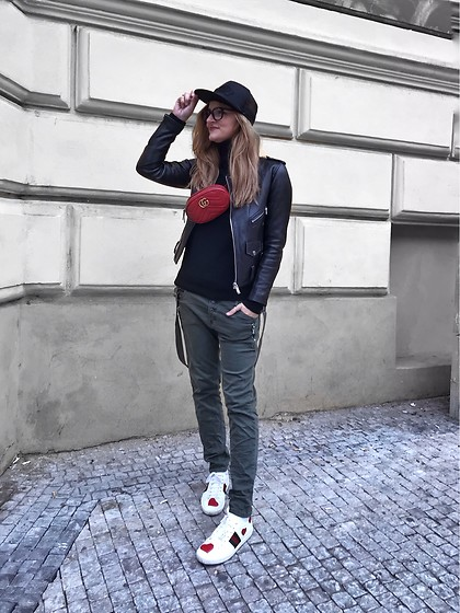 Jane Bond - Gucci Sneakers, Gucci Fanny Pack, Jane Bond Special Pants, Vans Cap - Uniform
