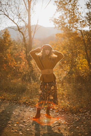 Alexe Bec - Vila Jumper, Dkode Boots, Spell Dress, Asos Béret - That warm autumn light