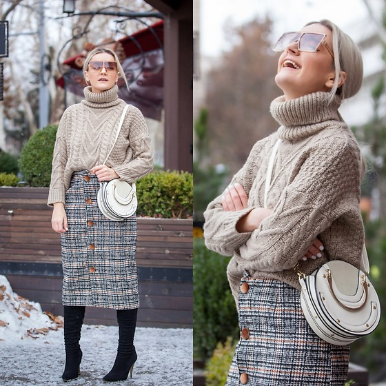 Cristina Tabun - Zaful Sweater, Zaful Skirt - Winter mood