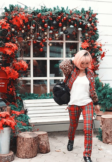 Aiiness .com - Lazy Oaf Tartan And Leopard Bomber Jacket, River Island Rihanna X Faux Fur Rucksack, Zara Pointy Glossy Boots - Its beginning to look a lot like christmas