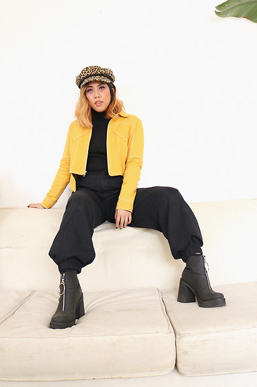 Yuka I. - Black Turtleneck, Pants, Mustard Jacket, Boots, Leopard Newsboy - Couch surfing