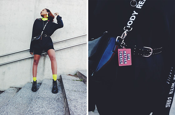 Yara Snow'z - Pull & Bear Black Hoodie With Roses, Pull & Bear Fluorescent Lime High Neck Sweater, H&M Fluorescent Lime Socks, Stradivarius Black Cycling Shorts - Black&Lime