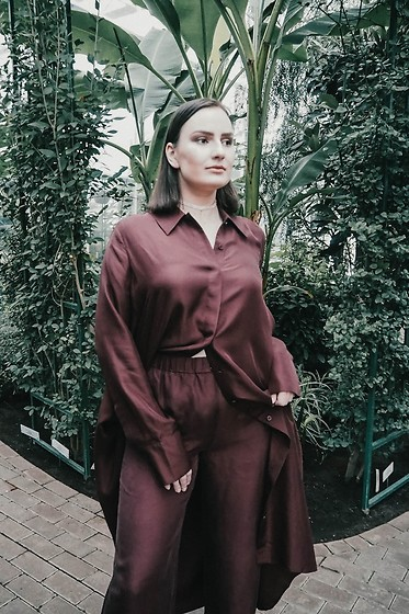 Anna Puzova - Cos Shirt, Cos Pants - Post Post with COS