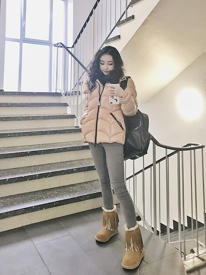 Gaye Yan - Moncler Down Jacket, Coach Backpack, Ugg Boots - Cold weather