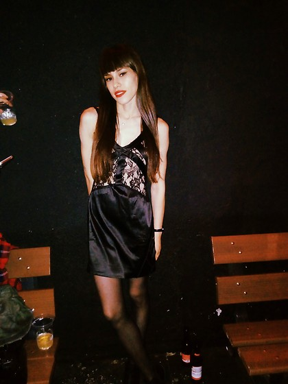 Valéria Przysbeczyski - Iódice Dress - Rock and Roll is Never Too Much