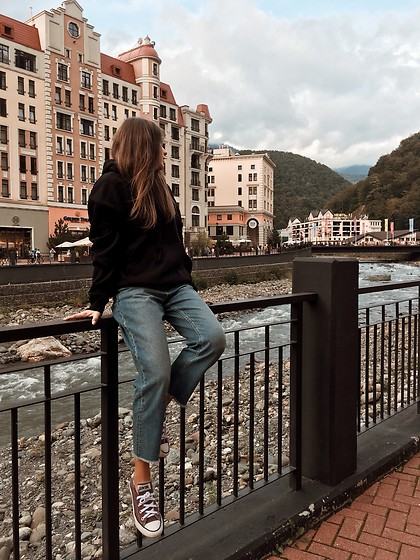 Anna Gurchenkova - Weekday Black Hoody, Converse Purple Keds, Vero Moda Blue Jeans - From Sochi with style