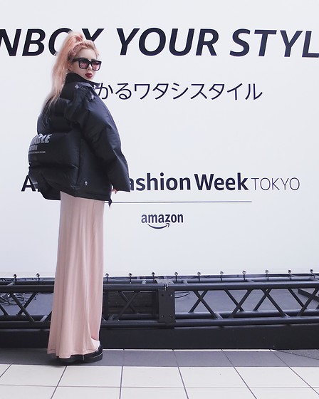 Emmalynn V - Jeffrey Campbell Shoes Platform Sandals, Michiko Koshino Inflatable Jacket, Céline Celine Sunglasses - Tokyo Fashion Week